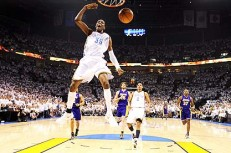 Kevin-Durant-dunks-during-006-231x153.jpg